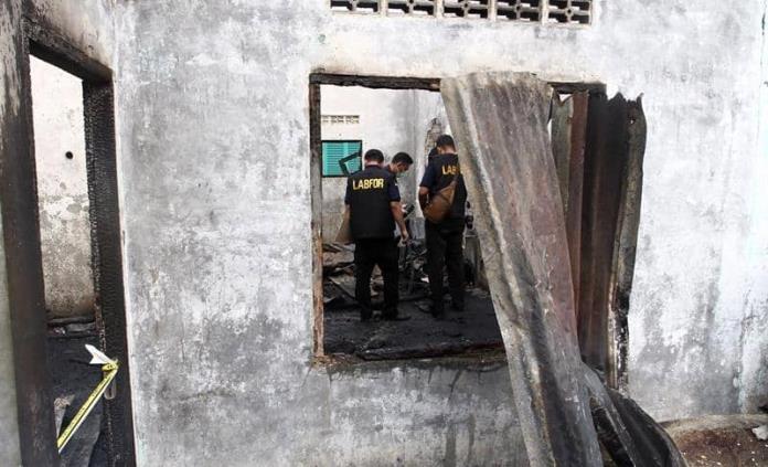 Incendio deja 30 muertos en fábrica clandestina en Indonesia