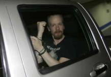 Ecuador deja libre a programador sueco cercano a Assange