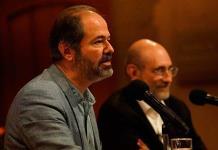 Becas deben ser rotativas para que haya más oportunidades, considera Juan Villoro