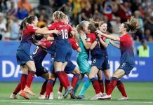 Noruega sufre pero en penales vence a Australia en Mundial Femenil