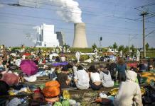 Protestan cambio climático ante mina de carbón en Alemania