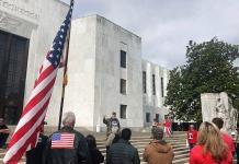 Boicot de republicanos en Oregon a ley sobre el clima entra en quinto día