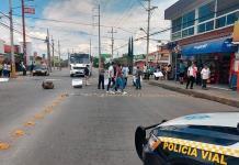 Manifestantes bloquean Avenida San Pedro