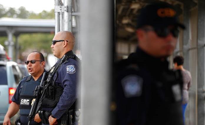 Supuestos agentes de Patrulla Fronteriza se burlan de migrantes muertos