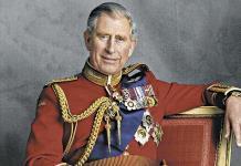 El príncipe Carlos planea reducir a los miembros de la realeza