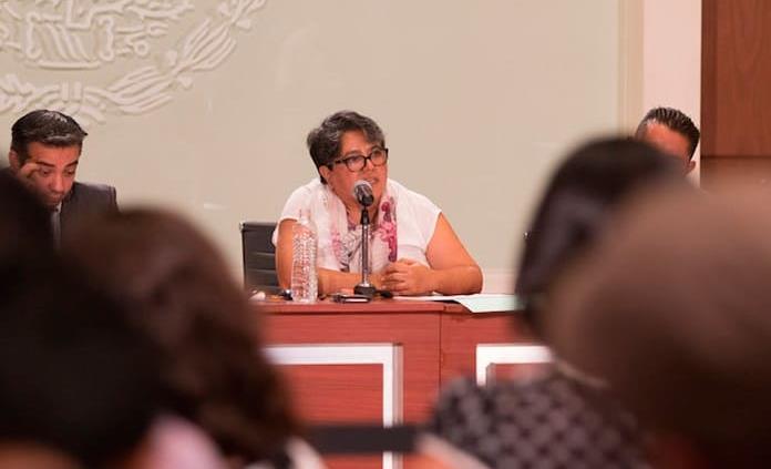 Pide AMLO a oficial mayor de Hacienda aguantar presiones
