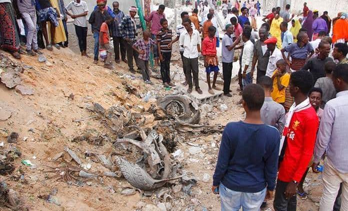 Al menos 10 muertos en un ataque con coche bomba contra un hotel en Somalia