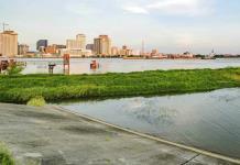 Tormenta Barry golpea Luisiana y amenaza diques de Nueva Orleans
