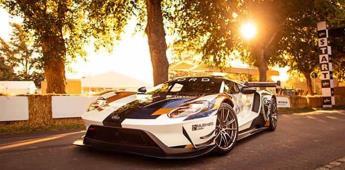 Un GT con 700 caballos de potencia (VIDEO)