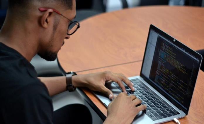 El colombiano de 22 años que hackeó a Harvard: la privacidad no existe