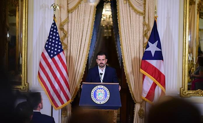 Renuncian funcionarios de Puerto Rico tras escándalo por chat