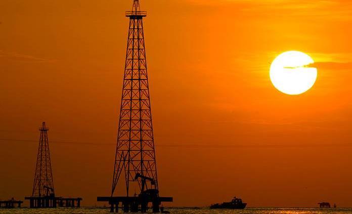 Chevron y ExxonMobil, en el top 5 de empresas que más daño han causado al planeta: CAI