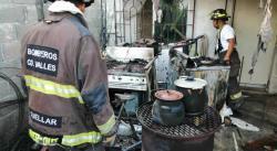 Hornilla en funcionamiento provoca incendio en una vivienda