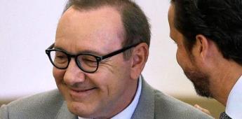 Fiscales retiran caso contra Kevin Spacey