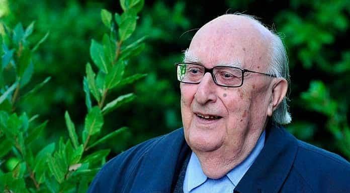 Fallece el escritor italiano Andrea Camilleri'>