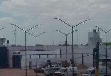 Amaga reo lanzarse de la azotea en Rioverde