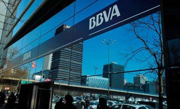 BBVA cierra más de 170 sucursales en México