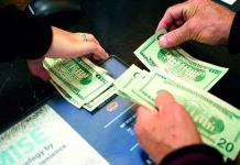 Dólar se vende en 19.75 pesos en bancos