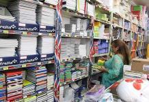 Mexicanos gastan más de 10 mil pesos en el regreso a clases