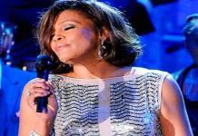 Whitney Houston, una vida de éxito y adicciones