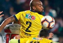 Me miró y me dijo negro feo; futbolista chileno acusa a árbitro de racismo