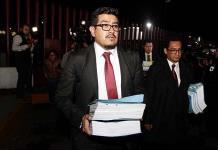 Afirma defensa que Rosario Robles es una perseguida política