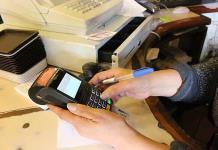 CNBV analiza falla en servicio de pago con tarjetas