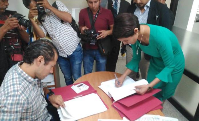 Exoficial del Registro Civil solicita juicio político contra Nava