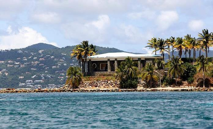 Isla caribeña de Epstein atrae a turistas desde su muerte
