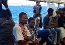Seis países europeos acogerán a inmigrantes del Open Arms, aún sin puerto