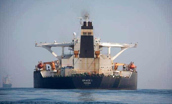 Gibraltar libera al capitán y tres oficiales del petrolero iraní
