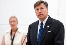 Embajador Landau pide a la Virgen de Guadalupe por relaciones México-EU