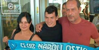 """""""Chucky"""" Lozano aprueba exámenes médicos con el Napoli"""