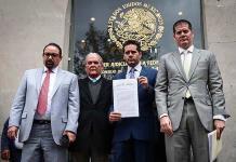 Defensa de Rosario R. interpone dos quejas