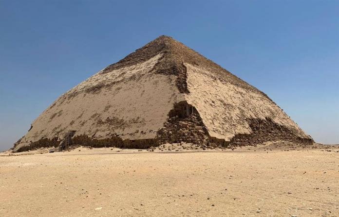 Las pirámides más viejas y desconocidas de Egipto se esconden al sur de Guiza