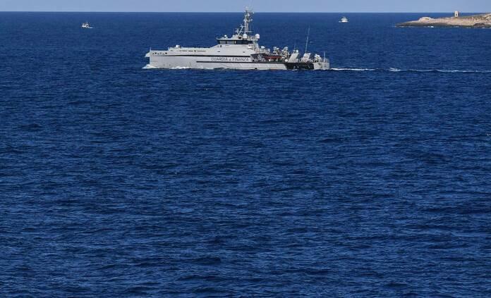 Avión militar se estrellar contra el mar en España; piloto muere