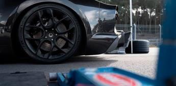Neumáticos para correr a 480 km/h