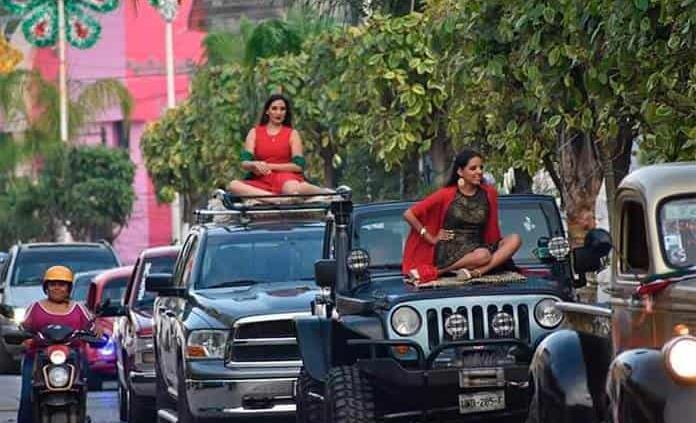 Colorido desfile de candidatas a Señorita Independencia