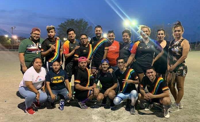 Destaca equipo gay en torneo de futbol