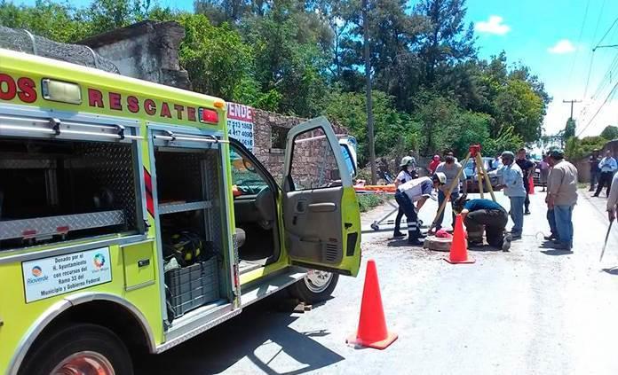 Trabajador del SASAR muere intoxicado en pozo de visita en Rioverde