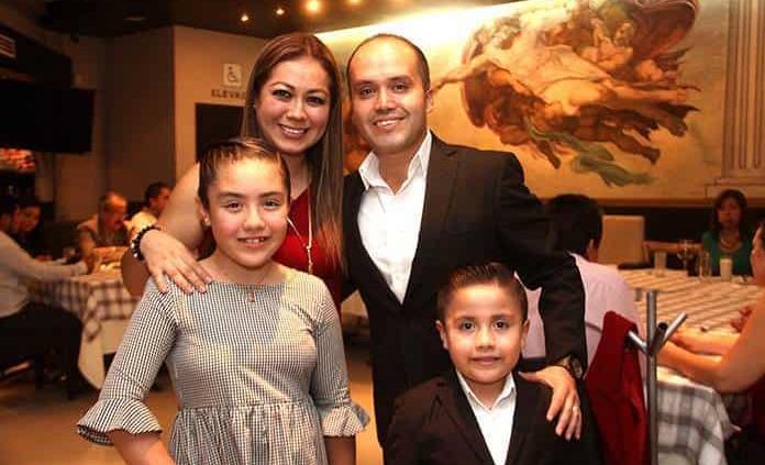Lorena Rico de Hernández festeja feliz su cumpleaños