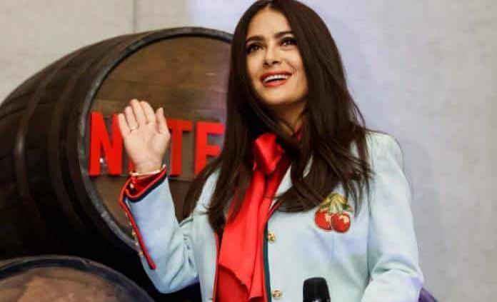 Salma Hayek no habla mal de México