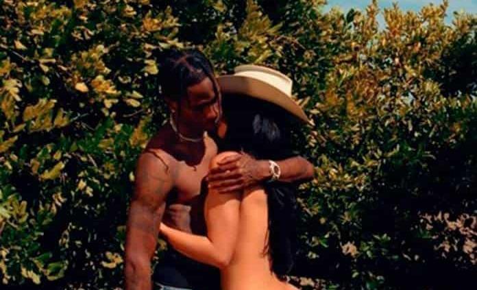 Kylie Jenner se muestra al natural