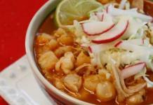 Pozole, preferido por mexicanos para festejar noche mexicana