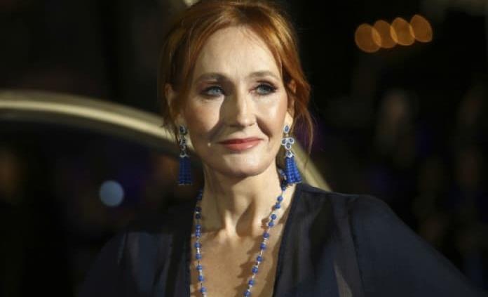 JK Rowling hace sustancial donativo a investigación de EM