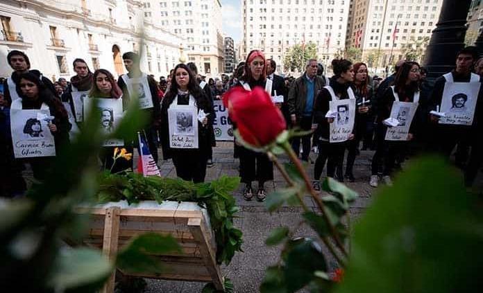 Recuerdan golpe militar en Chile
