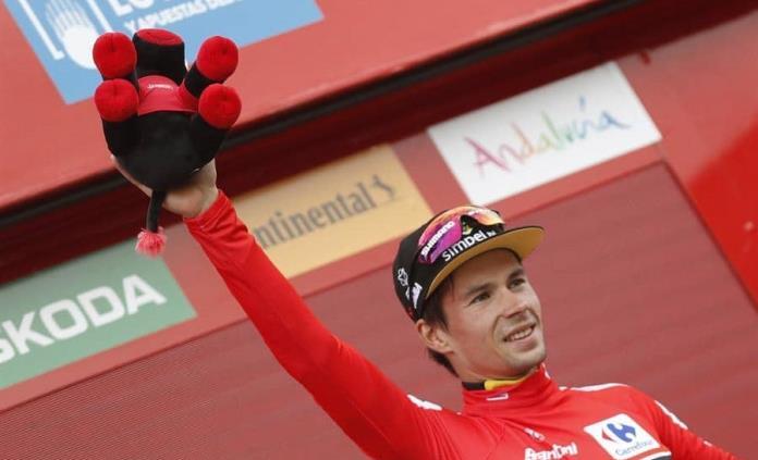 Roglic se recupera de choque y mantiene cima de la Vuelta