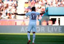 Neymar, abucheado por la afición del PSG en su regreso al Parque de los Príncipes