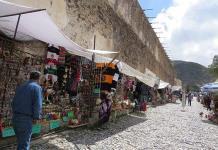 Repunta comercio por el puente patrio en Catorce