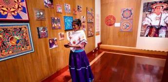 Equilibrio ecológico y juguetes de los dioses de huicholes se exhiben en museo de CDMX